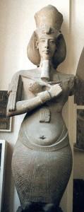 akhenatenColossus