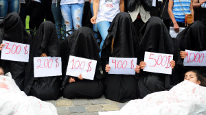Slaves being sold by the Islamic State