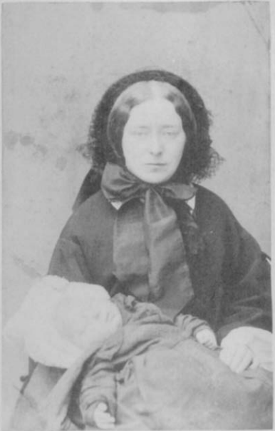 Top Myths of Victorian Post-Mortem Photography - Incredulous #FC58
