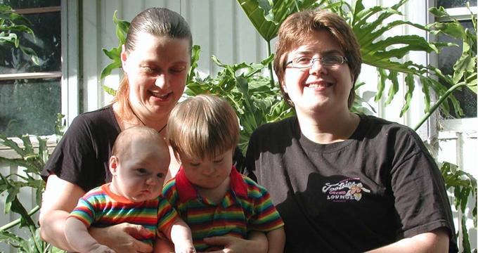 same-sex-mothers.jpg