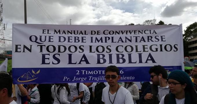 teocracia-manuales-convivencia.jpg